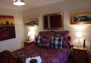 A seating area at One Strathview B&B