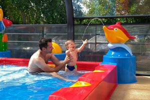 Children staying at Camping de l'Eve****