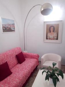 A seating area at Appartamento Rifredi