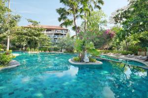 Het zwembad bij of vlak bij Novotel Bali Nusa Dua