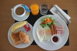 Breakfast options available to guests at Floral Shire Suvarnabhumi Airport