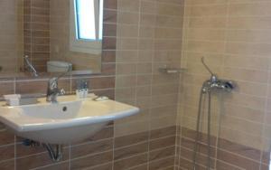 Ένα μπάνιο στο Pearl Bay Hotel Apartments