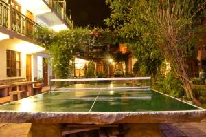 Ping-pong facilities at Hostal Pachamama or nearby