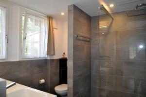 A bathroom at Chalet Trü