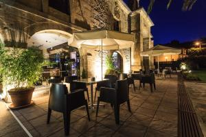 Un restaurante o sitio para comer en Los Guardeses