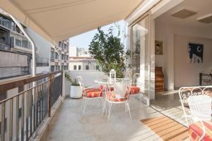 Ein Balkon oder eine Terrasse in der Unterkunft Boutique Athens PK Building
