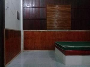 A bathroom at Hong Thai Homestay
