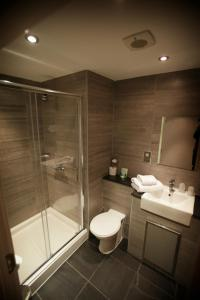 A bathroom at Eaton Hotel