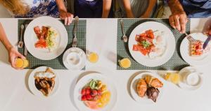 Opciones de comida o cena disponibles para los clientes de Sol de Alcudia Apartamentos