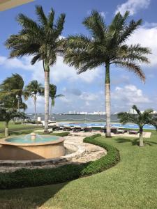 Jardín al aire libre en Cancun House Apartment - Isla Dorada