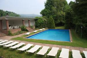 Der Swimmingpool an oder in der Nähe von Villa Silva