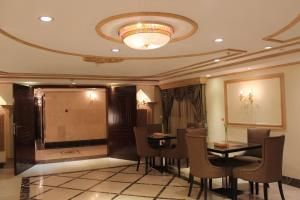 مطعم أو مكان آخر لتناول الطعام في بلاتينيوم أبراج الإحسان