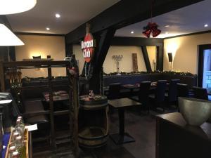 Ein Restaurant oder anderes Speiselokal in der Unterkunft Hotel Arte Vida