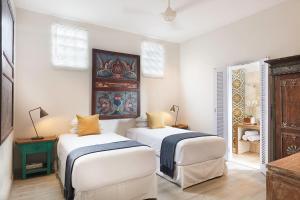 A bed or beds in a room at Villa Bebek