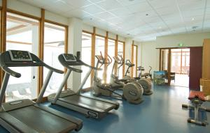 The fitness center and/or fitness facilities at Appart'Hotel Prestige Odalys Eden