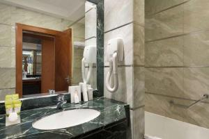 حمام في Al Hada Hotel and Suites