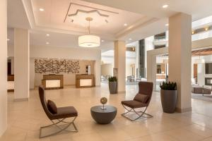 The lobby or reception area at Embassy Suites Greenville Golf Resort & Conference Center