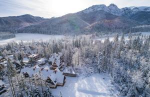 Obiekt Willa Bliźniaczek zimą