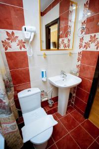 A bathroom at Hotel Venera 4