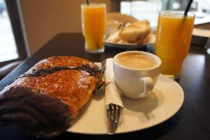 Frukostalternativ för gäster på Hotel Area de Servicio Los Chopos