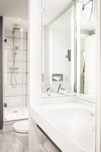 Ванная комната в Mercure Lille Centre Grand Place