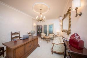 Area soggiorno di B&B Palazzo Montesanto