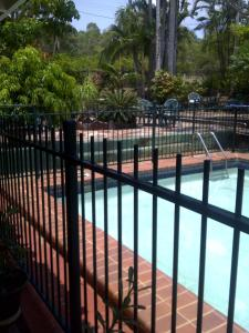 A view of the pool at Hillcrest Guest House or nearby