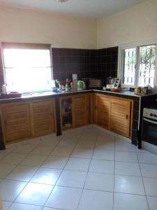 A kitchen or kitchenette at La Somonoise