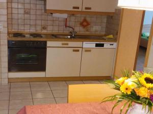 Küche/Küchenzeile in der Unterkunft Haus Obertal