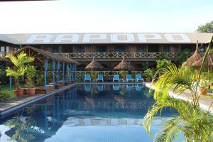 The swimming pool at or near Rapopo Plantation Resort