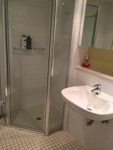 A bathroom at GlenelgApt