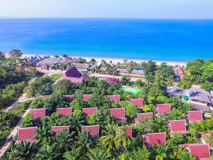 A bird's-eye view of Lanta Klong Nin Beach Resort
