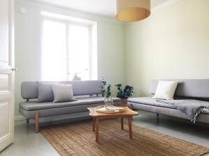 A seating area at Roost Kruunuhaka