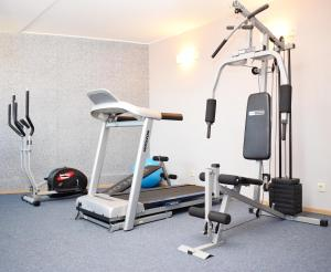 The fitness center and/or fitness facilities at Vitta Hotel Superior Budapest