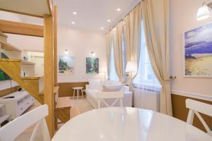 Restoran või mõni muu söögikoht majutusasutuses Revelton Suites Tallinn