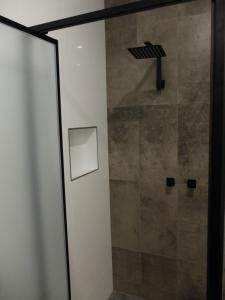 A bathroom at Barooga River Gums Motor Inn