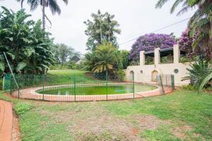 Bassein majutusasutuses Hoyohoyo Koeltehuis Farm Lodge või selle lähedal