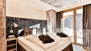 Mountain Spa Residences during the winter