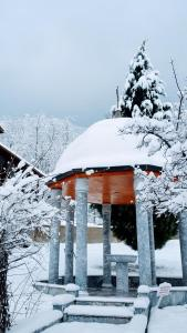 Guest House Resilovo during the winter