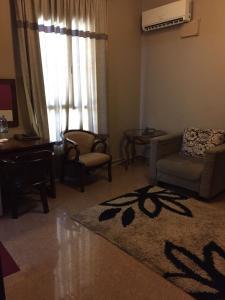 Гостиная зона в Kanaan Group Hotel