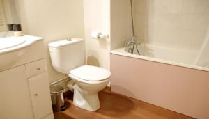 Salle de bains dans l'établissement Le Grand Chalet - Le Studio