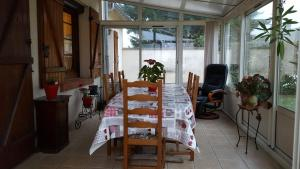 A restaurant or other place to eat at gite du luat