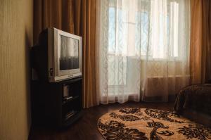 Телевизор и/или развлекательный центр в 1-комн. квартира