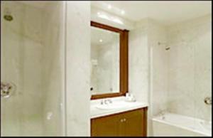 Un baño de Hotel Amsterdam