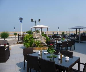 A restaurant or other place to eat at Hotel Spa Milagros Golf