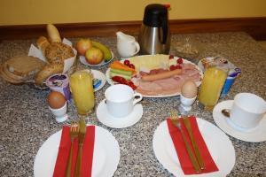 Možnosti snídaně pro hosty v ubytování Villa Sonnenstrahl