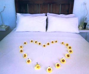 Cama o camas de una habitación en ECO Cayo Arena Beach HOUSE - Adults Only