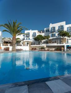 Piscina di Poseidon Hotel Suites o nelle vicinanze