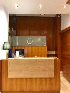 The lobby or reception area at Hotel Calasanz