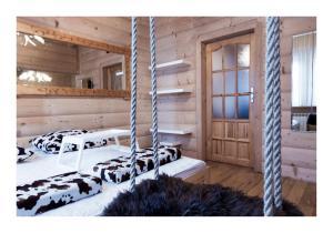 Obiekt Apartamenty Góralski DACH NAD GŁOWĄ zimą